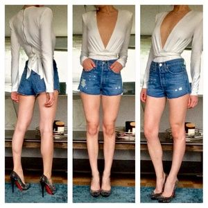 """Re/Done """"The Short"""" Classic Distressed Shorts"""